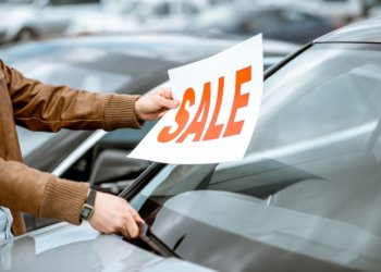 Different Methods To Sell Your Car (Beyond the Dealership)