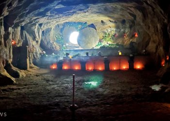 """Amazing """"Easter Cave"""" at White Gravel Mines"""