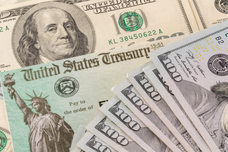 $1400 Stimulus Checks Cause Family Fights in Portsmouth