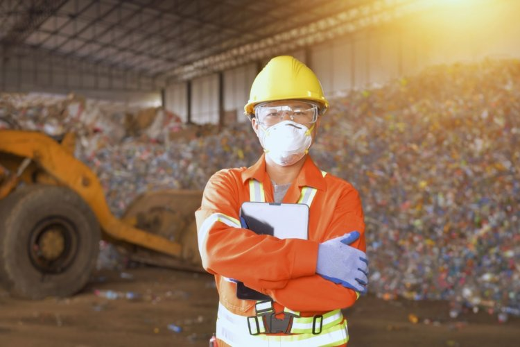 How To Open a Recycling Center in Your Area