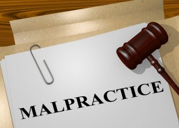 The First Steps Before Filing a Medical Malpractice Lawsuit
